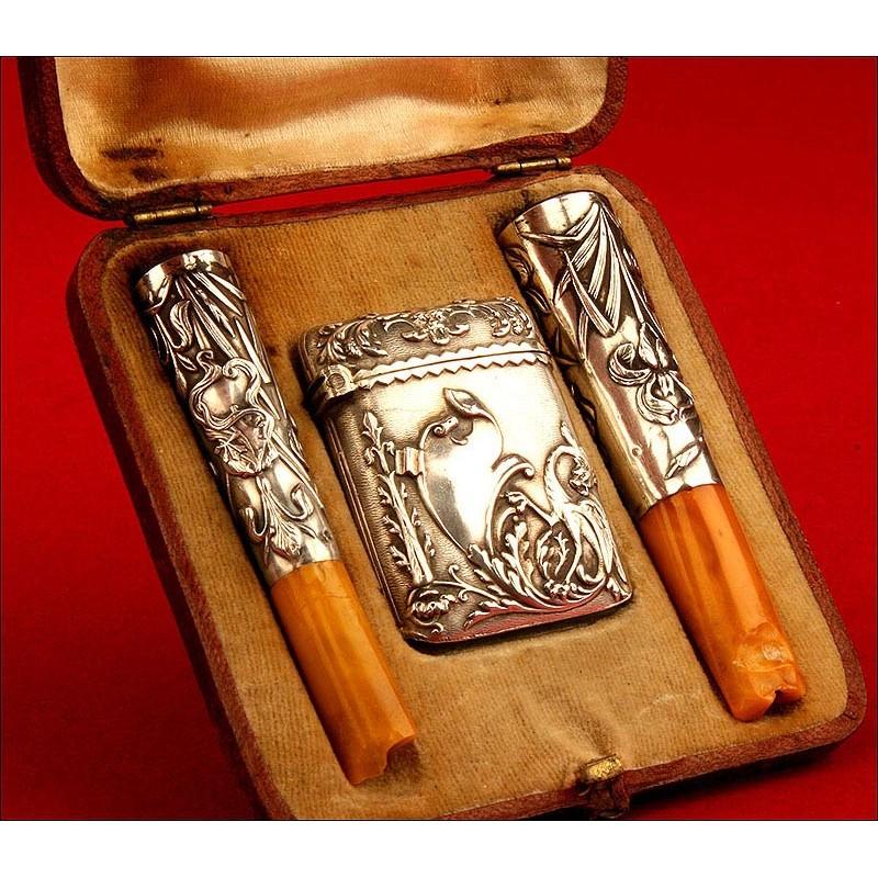 Conjunto de Fumador Art Nouveau en Plata Maciza con Estuche Original. 1902.