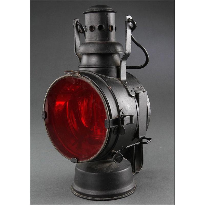 Lámpara de Señales de Jefe de Estación, Fabricada en Alemania en 1942. Pieza de Colección, en Buen Estado