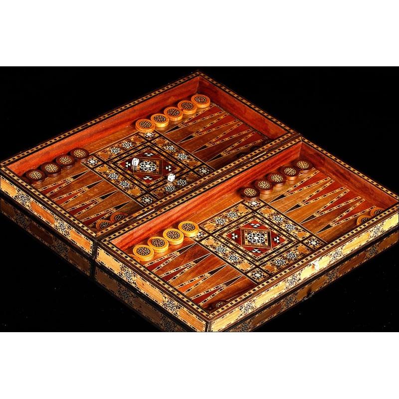 Impresionante Juego Árabe de Backgammon y Damas. Años 80. Original y Hecho a Mano