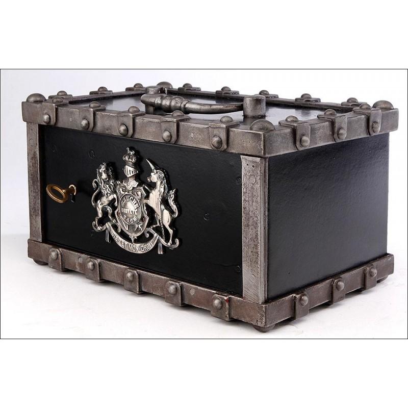 Magnífica Caja de Caudales en Muy Buenas Condiciones. Francia, Siglo XIX
