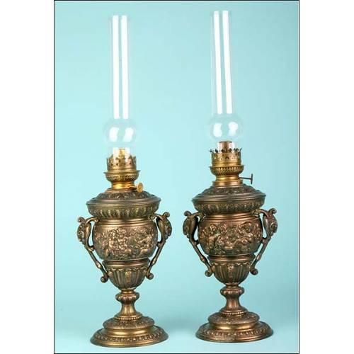 Precioso juego de lámparas de petróleo antiguas. S.XIX.