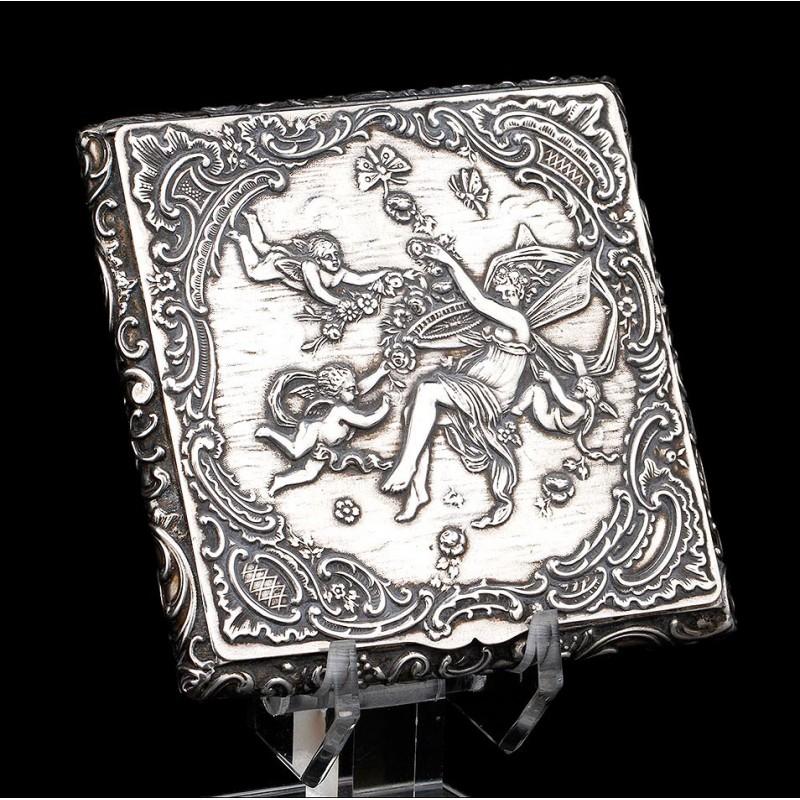 Antigua Polvera de Plata Maciza Estilo Art Nouveau. Alemania, 1925