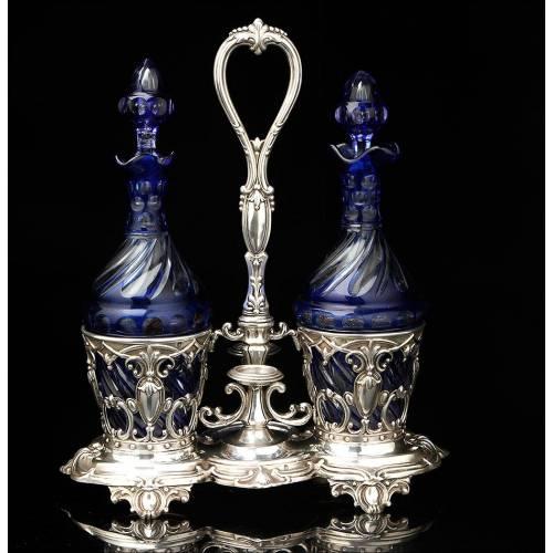 Bellísimas Vinajeras Antiguas de Plata Maciza y Cristal Tallado. Francia, Siglo XIX