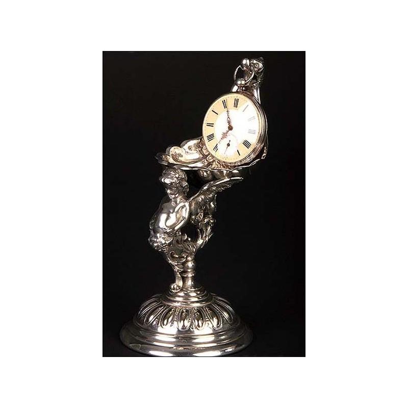 Extraordinario porta relojes de bolsillo, fabricado en Alemania entre 1860 y 1900.