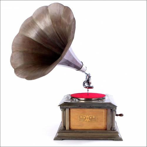Antiguo Gramófono de Trompeta de Madera en Excelente Estado de Funcionamiento. Alemania, 1915