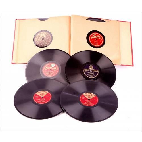 Álbum con 12 Discos de Gramófono Antiguos. Música Clásica y Popular Alemana. Álbum Original