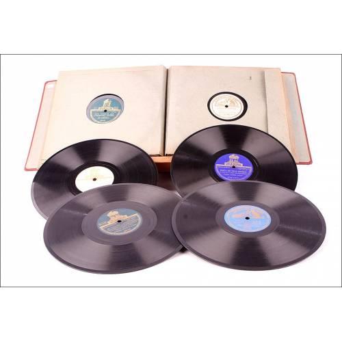 Álbum con 12 Discos de Gramófono Antiguos. Música Popular y Danzas. Álbum Original