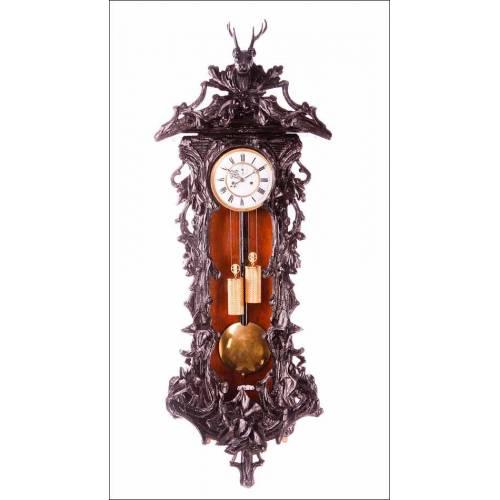 Espectacular Reloj de Pared Antiguo Tipo Viena. Estilo Selva Negra. Alemania, Fines S. XIX