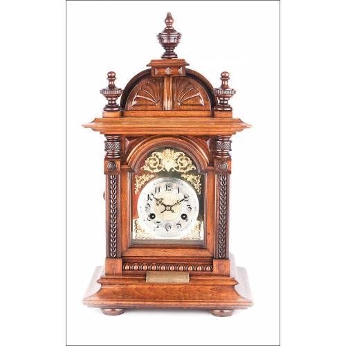 Precioso Reloj De Sobremesa En Caoba Tropical. Alemania, 1903