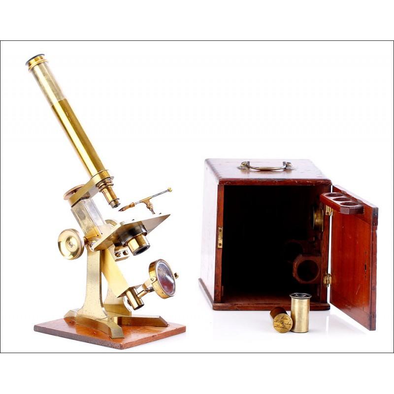 Antiguo Microscopio M. Pillischer de Latón. Magnífico Estado. Londres, 1860