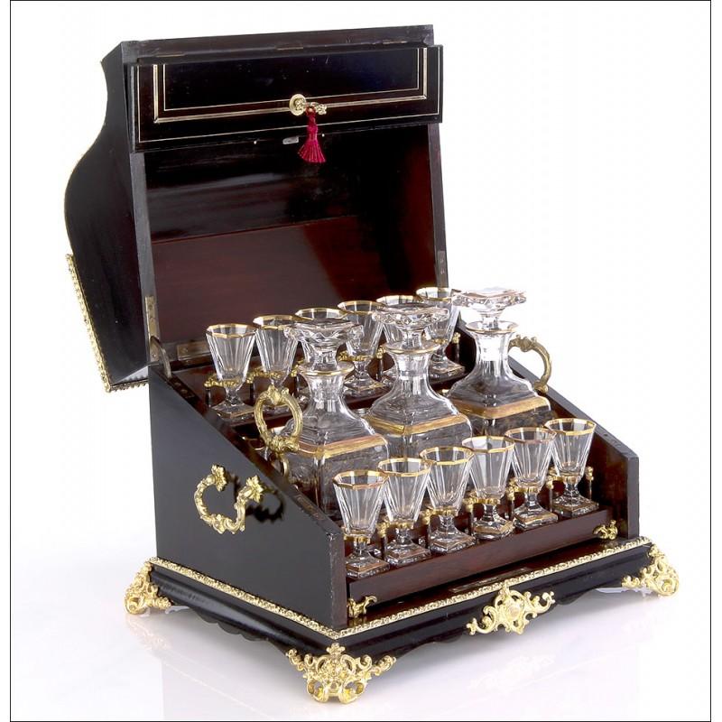 Licorera Antigua Tipo Piano con Marquetería Boulle. Francia, 1890