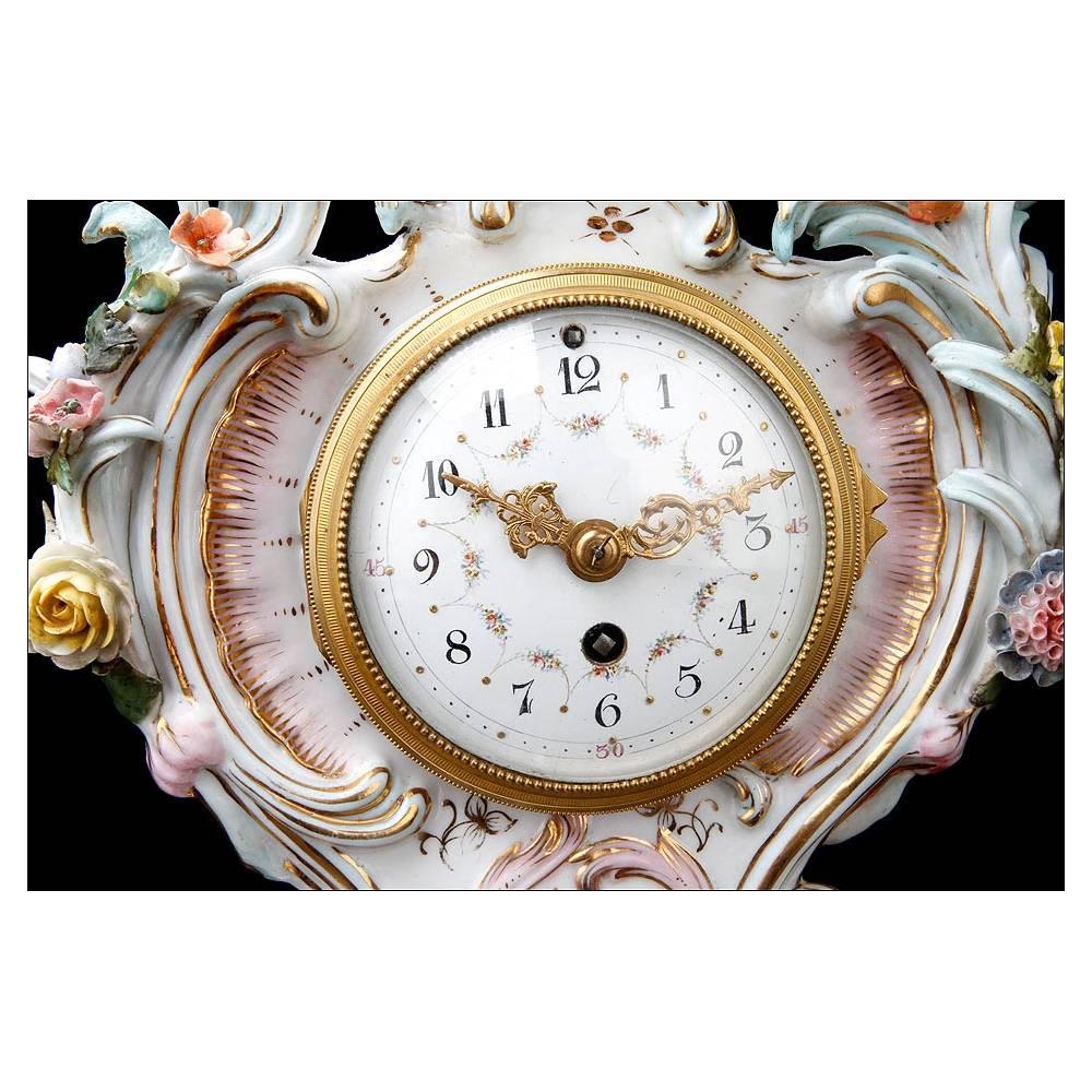 Antiguo reloj de sobremesa con candelabros en porcelana - Relojes de sobremesa antiguos ...