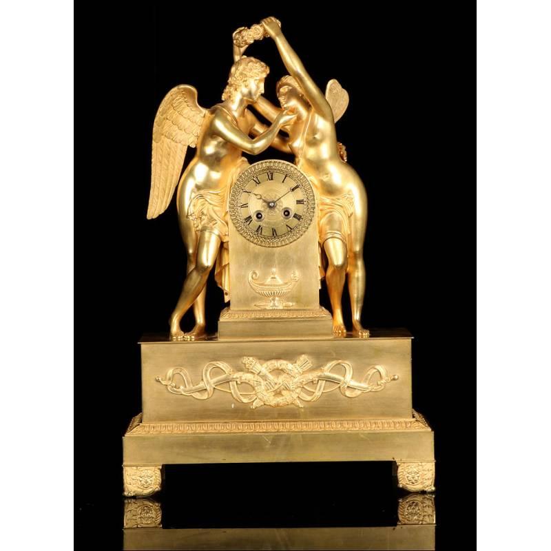 Antiguo Reloj de Sobremesa. Bronce Dorado. Francia, 1850