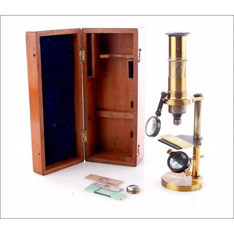 Antiguo Microscopio de Latón, 1870