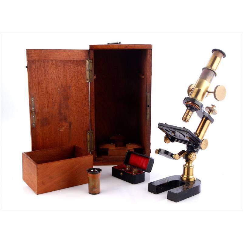 Microscopio antiguo Nachet. Compuesto. 1900