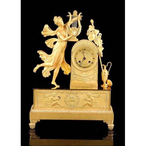 Reloj de Sobremesa Antiguo en Bronce Dorado. Francia, 1850