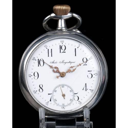 Antiguo y Sobredimensionado Reloj de Bolsillo en Plata. Suiza, Circa 1900