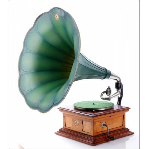 Antiguo Gramófono La Voz de Su amo Modelo 4. España, 1925