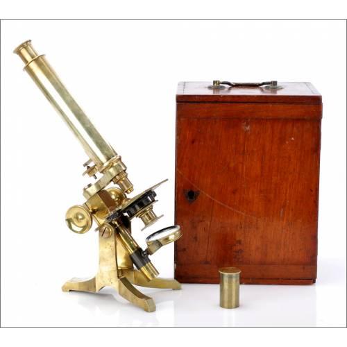 Microscopio Antiguo en Estuche de Caoba. Inglaterra 1890-1900