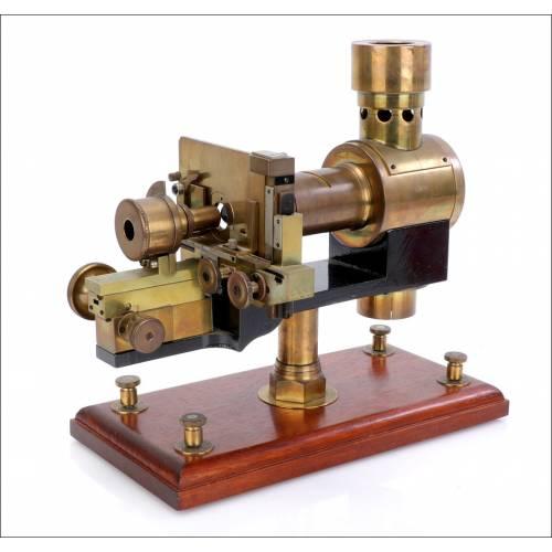 Microscopio Proyector Antiguo. Circa 1930