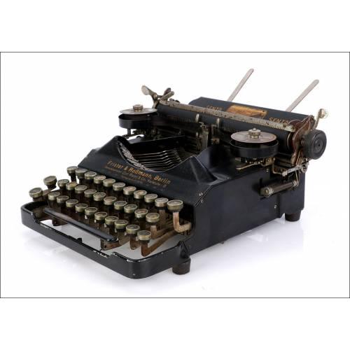 Máquina de Escribir Senta Antigua. Primer Modelo. Alemania, 1920