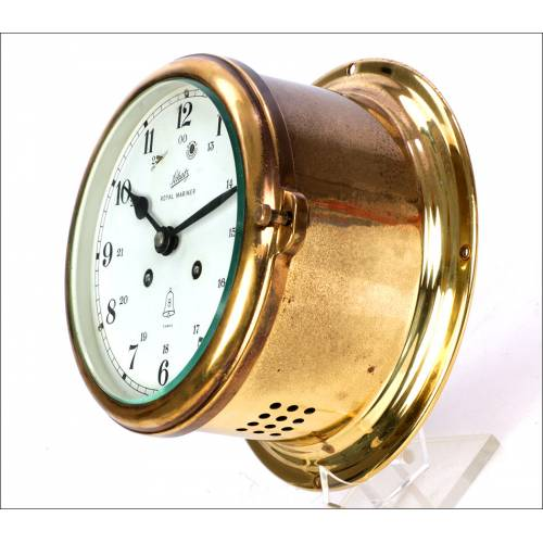 Reloj de Barco Royal Mariner. Con Cambio de Guardia. Alemania, Años 70