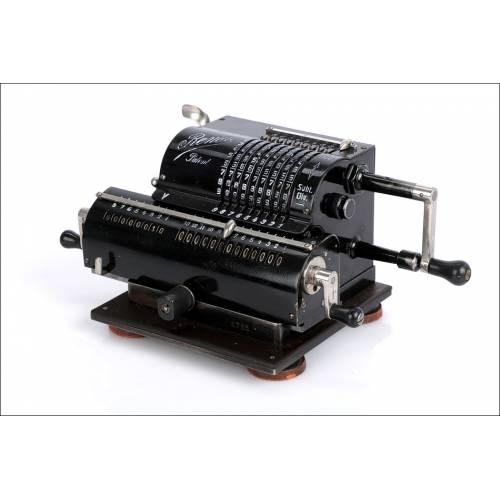 Antigua Calculadora Mecánica Rema. Excelente Funcionamiento. Alemania, Años 20