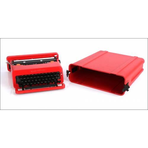 Máquina de escribir Olivetti Valentine. Alemania, Años 70