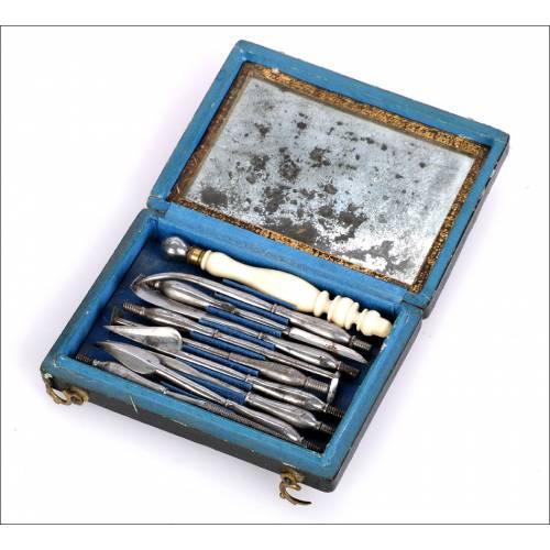 Antiguo Estuche de Instrumentos para Dentista. Siglo XVIII, Circa 1770. Completo