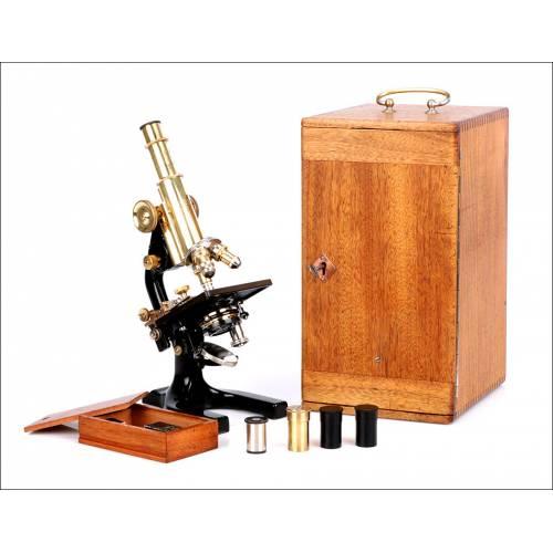 Antiguo Microscopio Reichert. Con Estuche. Austria, 1927