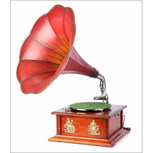 Antiguo Gramófono de Trompeta Centro Europeo. Circa 1915