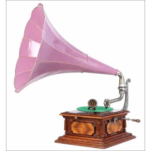 Antiguo Gramófono Pathephone 12 con Dos Reproductores. Francia, 1910.