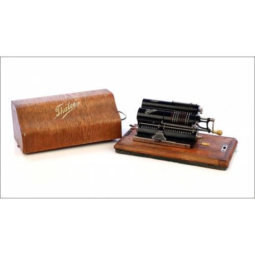 Antigua Calculadora Thales Modelo CE 2ª Versión. Alemania, 1925