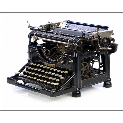 Máquina de Escribir Antigua Underwood 5 Española. USA, 1919