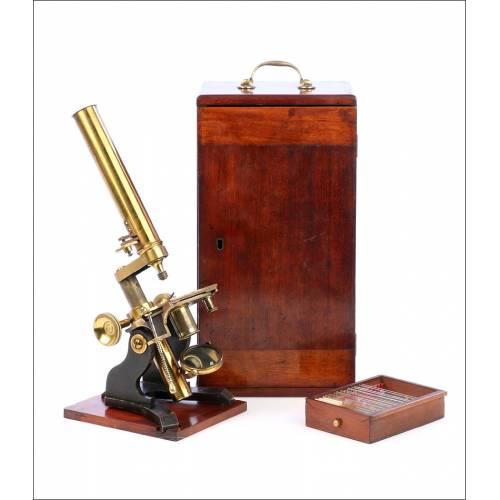 Antiguo Microscopio Compuesto Inglés. Inglaterra, Circa 1880