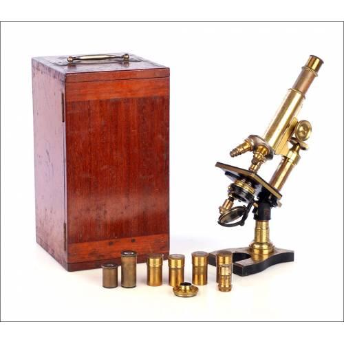 Antiguo Microscopio Francés Nachet. Francia, Circa 1900