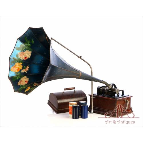 Antiguo Fonógrafo Edison Standard con Trompa Pintada. USA, 1910
