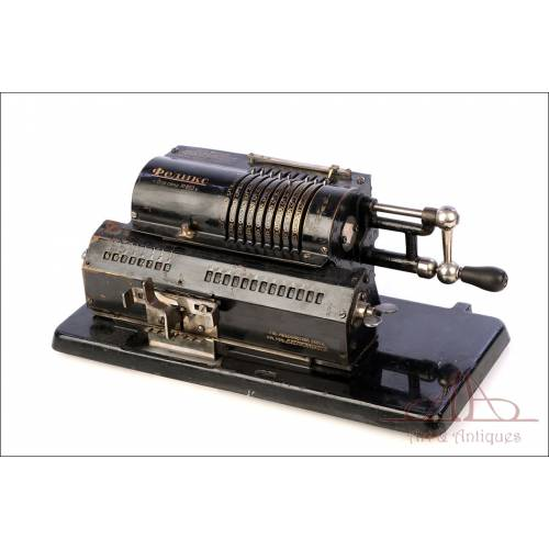 Antigua Calculadora Mecánica Soviética Felix. URSS, Años 20