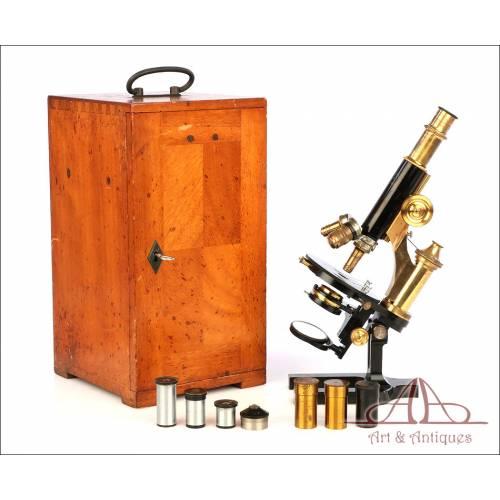 Antiguo Microscopio Alemán Winkel con Ópticas Carl Zeiss. Alemania, Circa 1930