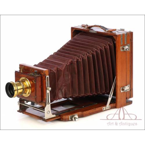 Big-Sized Antique Photo Camera for 13x18 Plates. Circa 1890