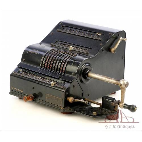 Antique Nova Brunsviga Mechanical Calculator. Germany, Circa 1930