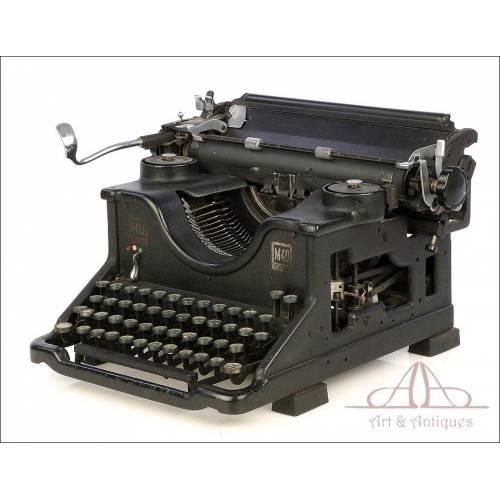 Antigua Máquina de Escribir Hispano Olivetti M40. Teclado Español. Circa 1930
