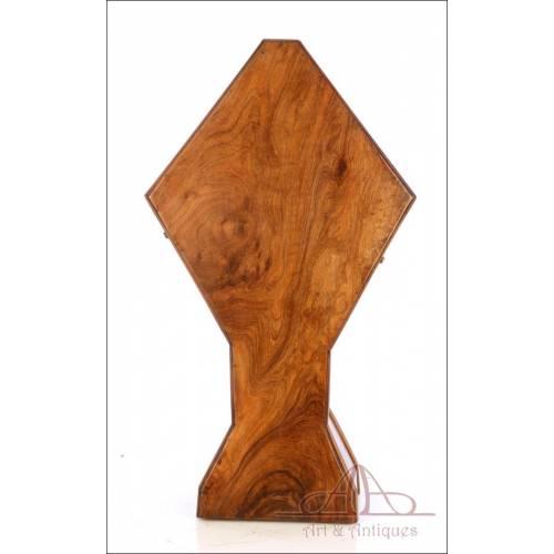 Antiguo Estuche para Custodia de hasta 68 cm. Madera de Olivo. S. XIX