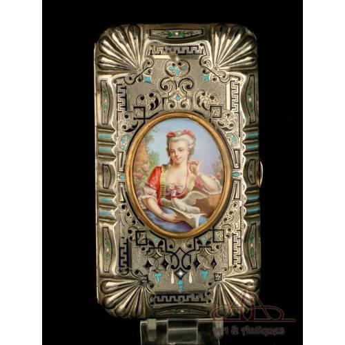 Antigua Caja de Puros en Plata Maciza y Esmaltes. Francia siglo XIX. Napoleón III