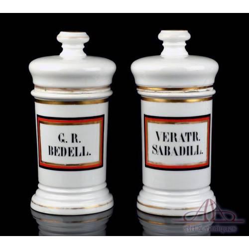 Pareja de Botes de Farmacia de Porcelana Antiguos. España, Circa 1900-1930