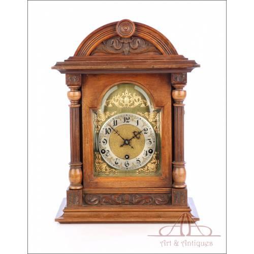 Antiguo Reloj de Sobremesa de Péndulo con Sonería Westminster. Alemania, Circa 1900