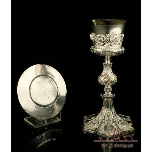 Precioso Cáliz de Plata Antiguo y Patena. Raro Modelo. Francia, Siglo XIX