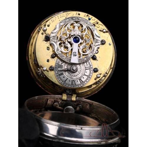Antiguo Reloj de Bolsillo Catalino de Plata con Sonería a Cuartos. Francia, 1750