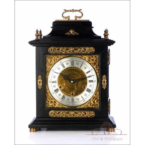 Antiguo Reloj de Sobremesa Británico con Sonería Westminster. Londres, años 20-30