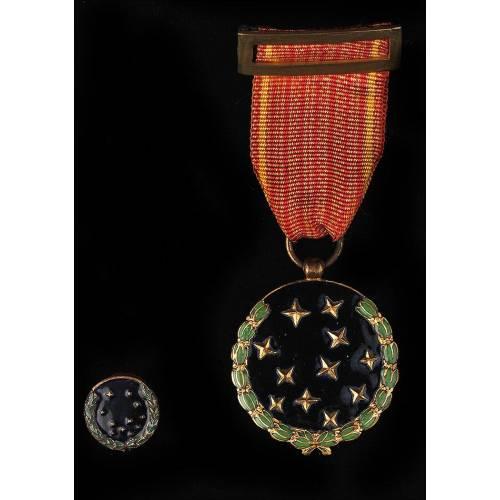 España. Medalla Nominada de la Vieja Guardia Concedida por la Falange. Año 1942.